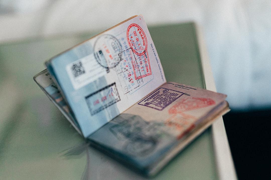 marenostrumgraficas diseño pasaportes