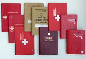 marenostrumgraficas diseño pasaportes suiza 2